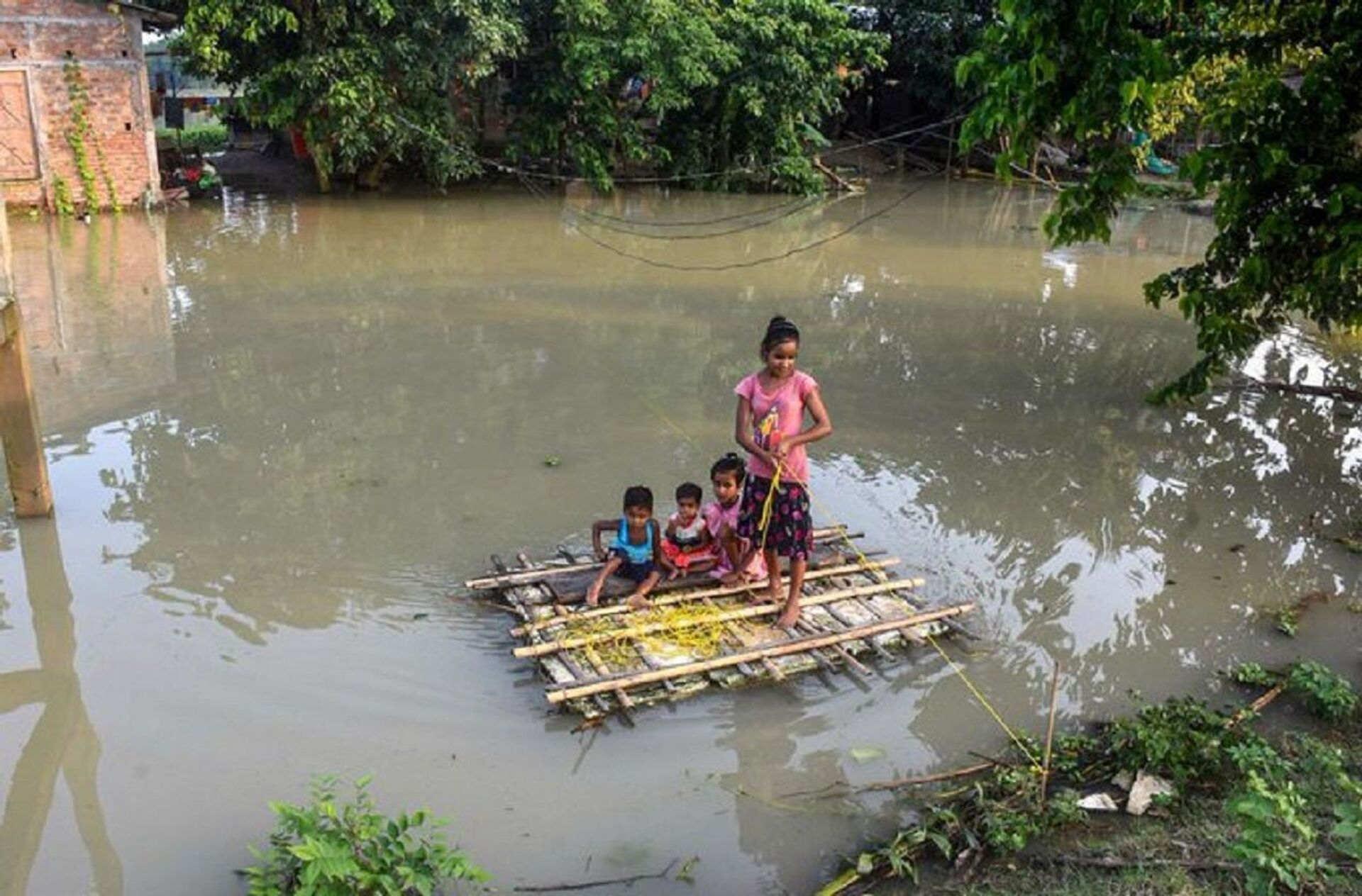 Over 9 Lakh affected in 23 districts as flood situation worsens - Sputnik International, 1920, 07.09.2021