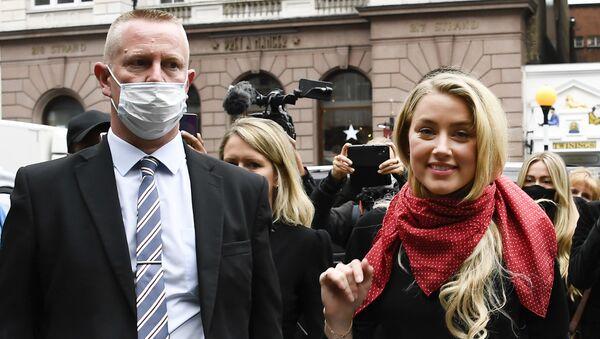 Amber Heard arrives at the High Court in London on 8 July 2020 - Sputnik International