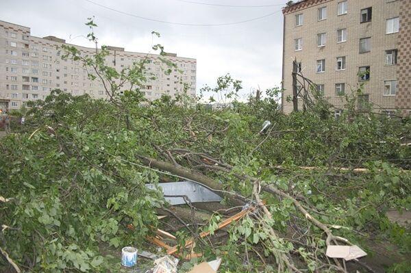 Последствия торнадо в Краснозаводске - Sputnik International