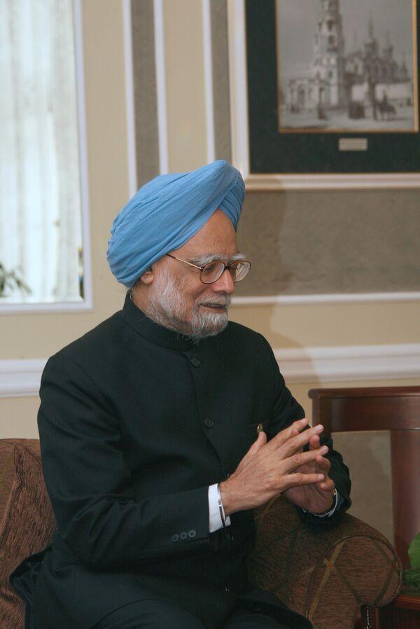 Indian PM meets Japanese PM - Sputnik International