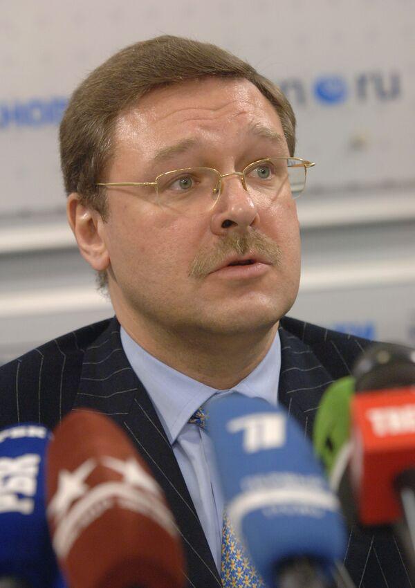 Europe still divided 20 years after Berlin Wall fell - Russian MP - Sputnik International