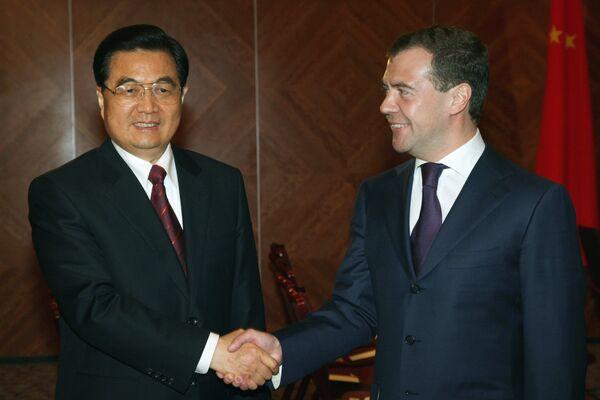 China's Hu meets with Russian leaders for energy, economy talks - Sputnik International