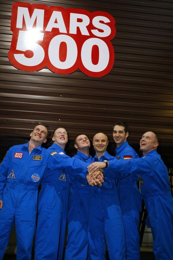 Mars-500 crew - Sputnik International