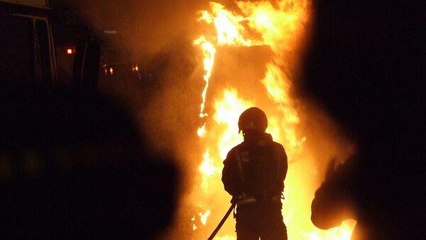 Two dead in fire in northwest Moscow - Sputnik International