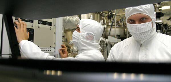 Nanowires in the human body - first step to a cyborg? - Sputnik International
