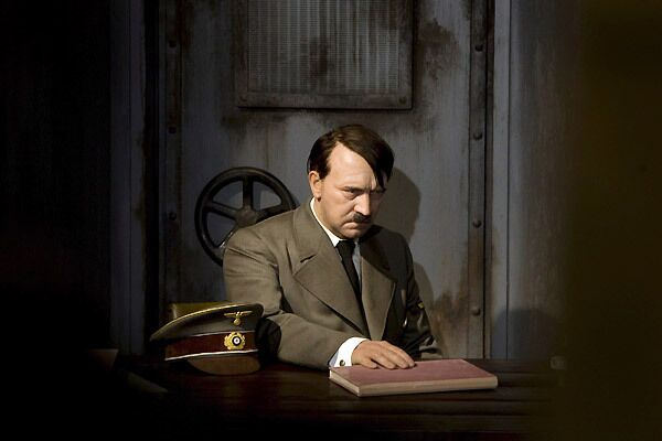 Wax figure of Adolf Hitler in Madame Tussauds Museum - Sputnik International