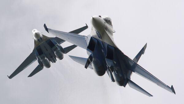 Russian Falcons aerobatics team on Mikoyan MiG-29 jets - Sputnik International
