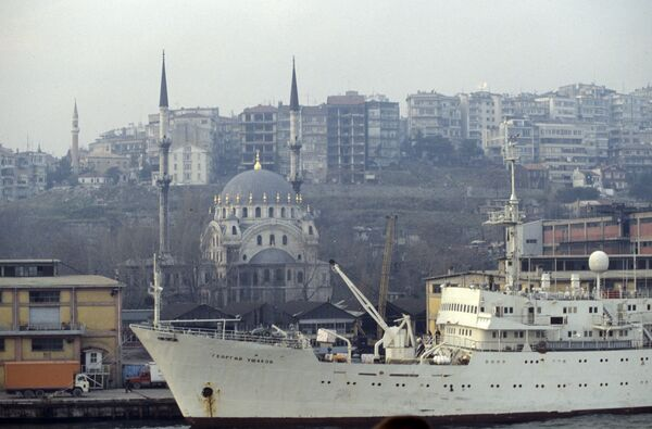 Стамбульский порт - Sputnik International