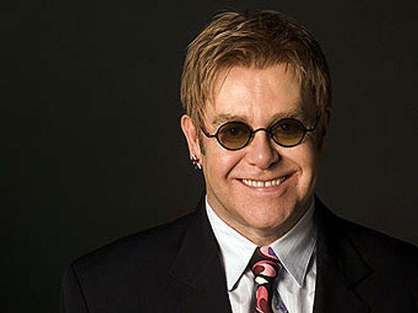 Ukrainian official rejects reports of Elton John adoption plans  - Sputnik International