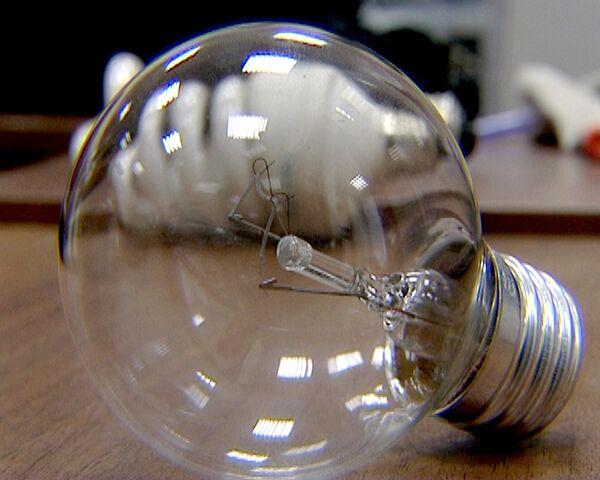Thomas Edison's light bulb celebrates its 130th anniversary. Time to retire? - Sputnik International