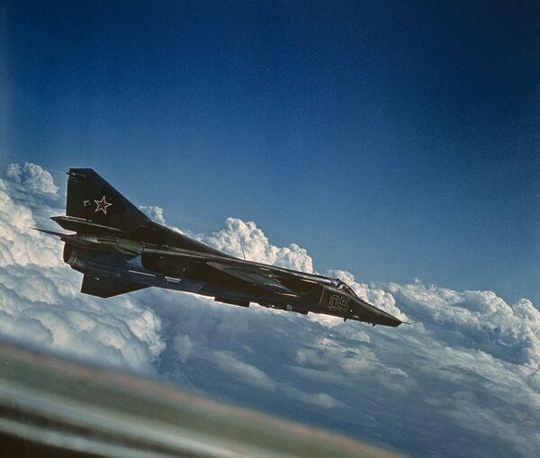 MiG-27 - Sputnik International