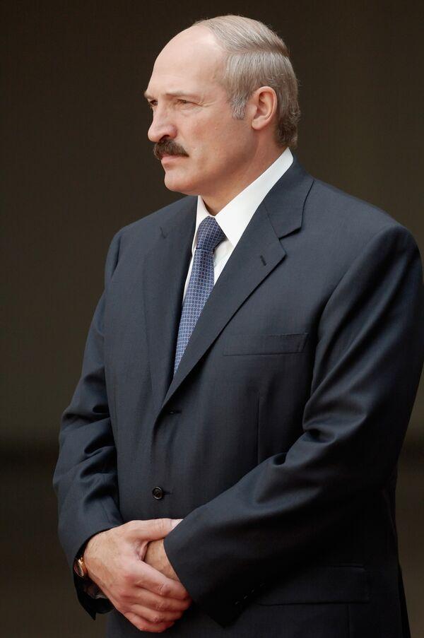 Lukashenko says Berlusconi's visit to Minsk shows EU backing - Sputnik International