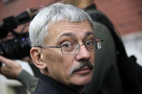 Human rights activist Oleg Orlov - Sputnik International