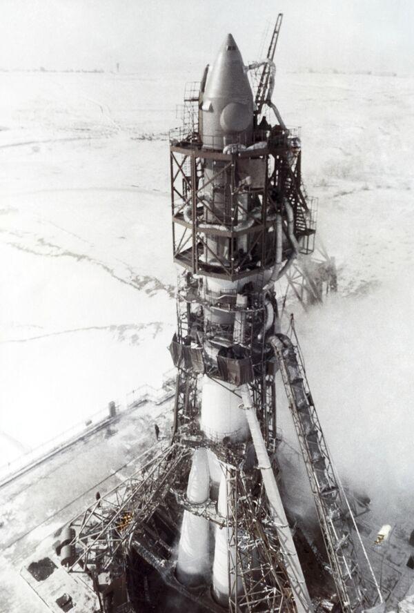 Rocket-carrier - Sputnik International
