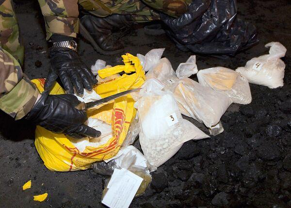Police in Tajikistan seize 170 kg of drugs - Sputnik International