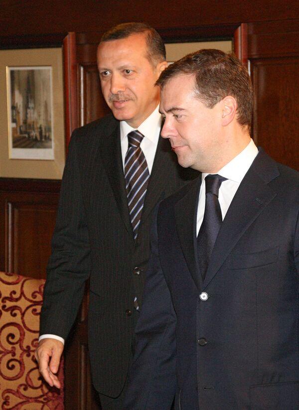 Medvedev-Erdogan talks to focus on gas, oil, nuclear projects  - Sputnik International