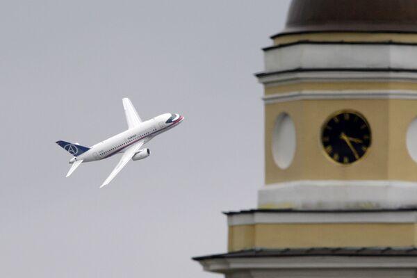Sukhoi Superjet 100 airplane - Sputnik International