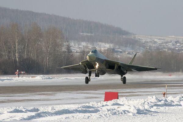 Test flight of the T-50 fifth-generation fighter plane - Sputnik International
