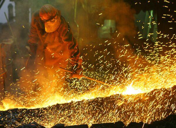 Russian metals giant nickel output down 6% in 2009 - Sputnik International