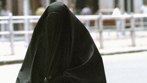 Germany mulls French-style burqa ban - Sputnik International