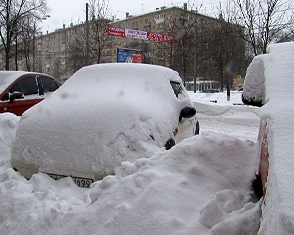 Moscow struggles through its snowiest February for 40 years - Sputnik International