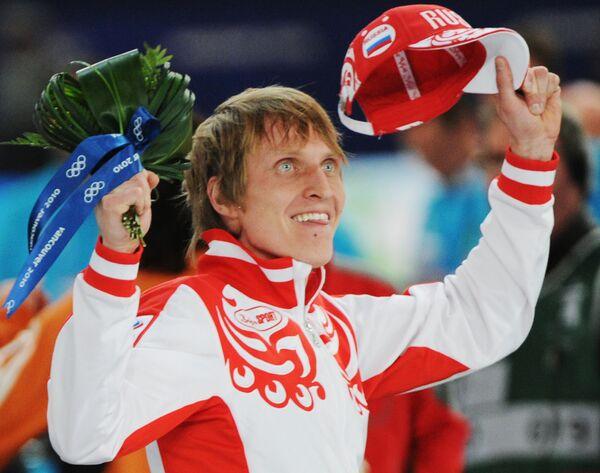 Russia's Ivan Skobrev took the Olympic silver in men's 10,000 meters speed skating event. - Sputnik International