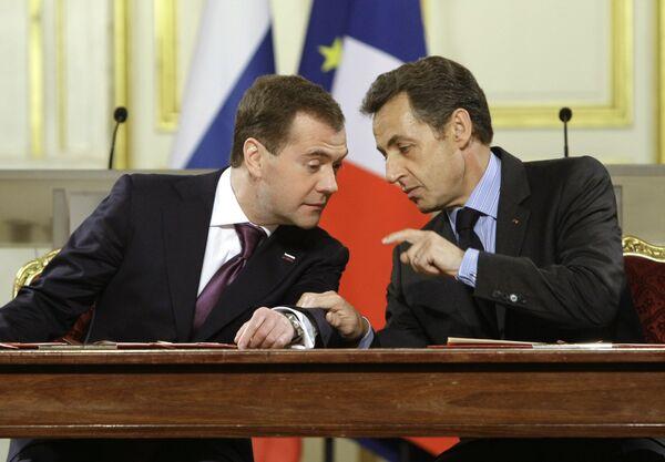 Presidents of Russia and France D.Medvedev and N.Sarkozy - Sputnik International