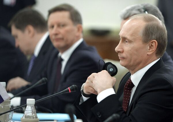 Russia and India sign major military deals  - Sputnik International