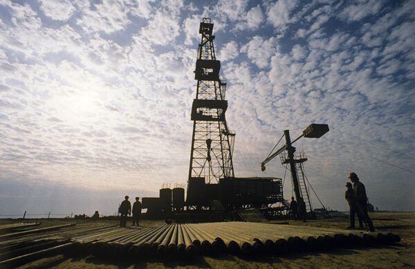 Gazprom starts drilling its first exploration well in Africa  - Sputnik International