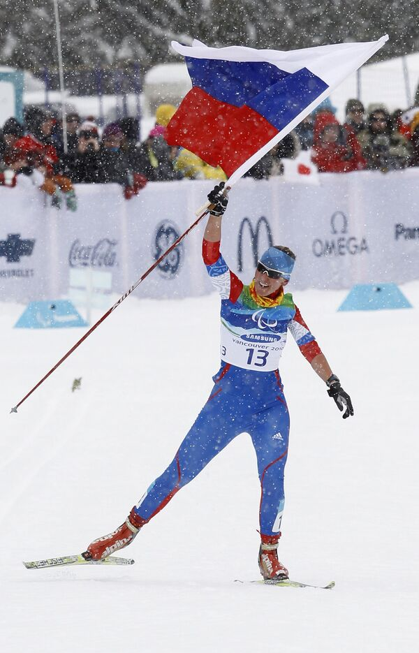 Russian female athletes won a gold and a silver medal in two 15-km cross-country races during the 2010 Paralympics - Sputnik International