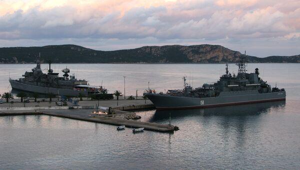 The Caesar Kunikov large amphibious landing ship from Russia's Black Sea Fleet - Sputnik International