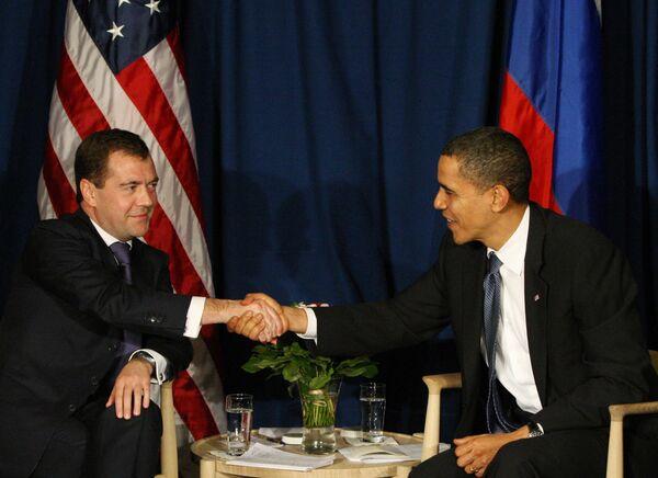 Russian, United States Presidents Dmitry Medvedev, Barack Obama respectively - Sputnik International