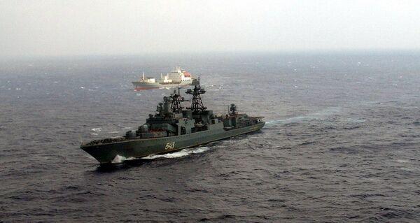 Obama interested in Russian proposals on battling piracy - Sputnik International