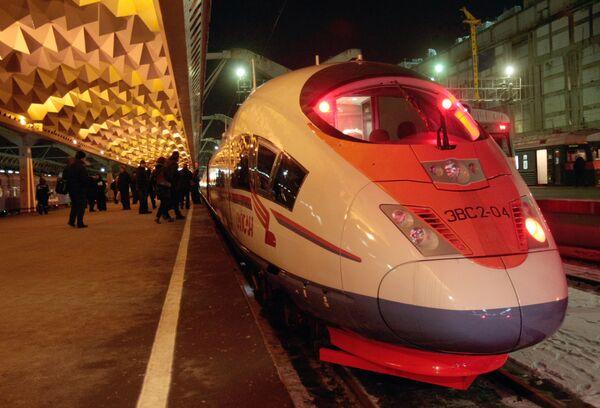 Russia's luxurious high-speed passenger train Sapsan - Sputnik International