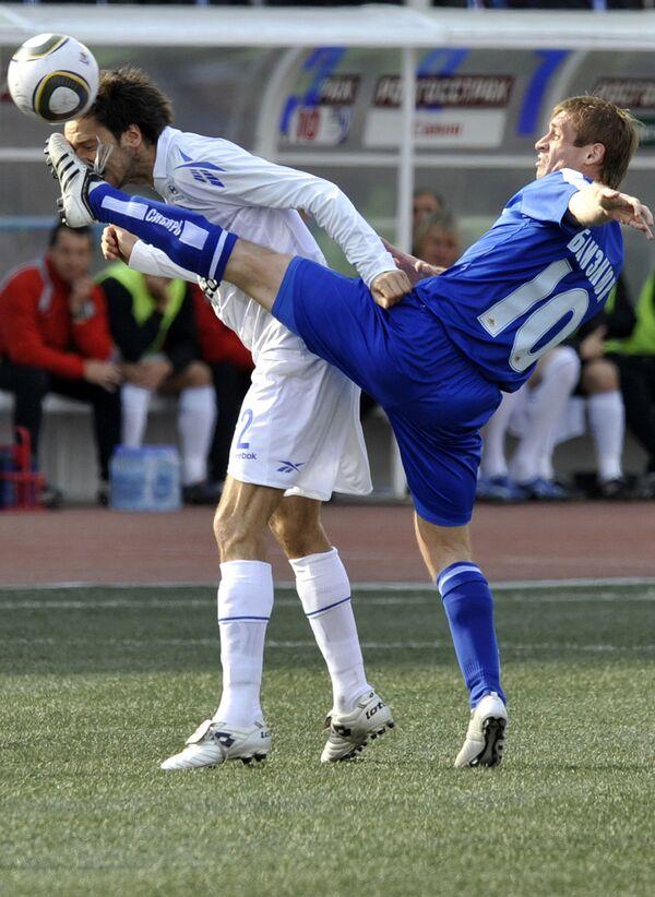 CSKA Moscow crush Sibir to go joint top - Sputnik International