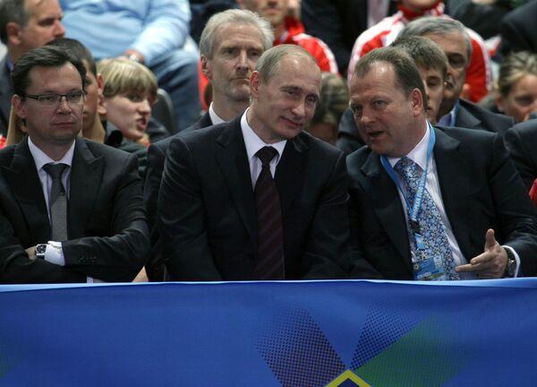Vladimir Putin attends 2010 European Judo Championships - Sputnik International