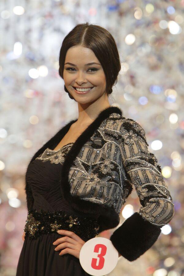 Most beautiful runway model and her rivals - Sputnik International