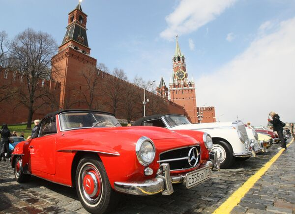 Old-timers on the streets of Moscow  - Sputnik International