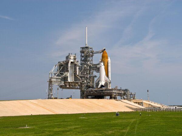 Space Shuttle may continue through next year - Sputnik International