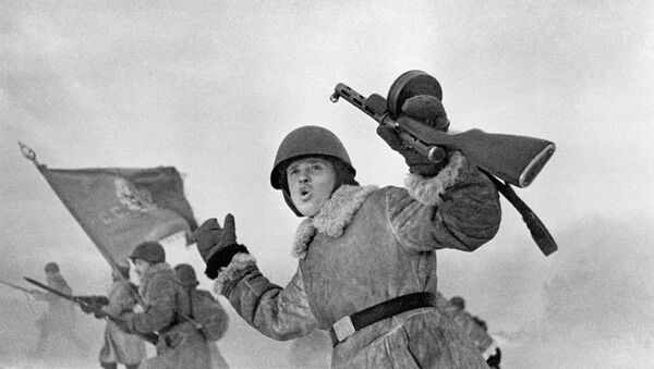 WWII Soviet soldiers near Leningrad - Sputnik International