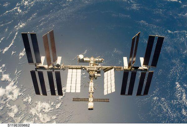 ISS orbit lowered prior to Soyuz landing - Russian space agency - Sputnik International
