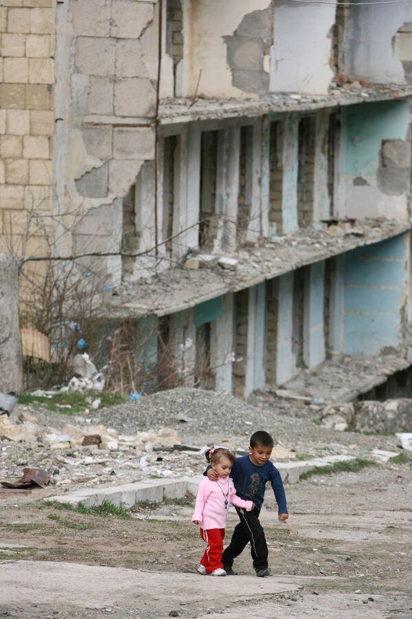 OSCE to hold regular monitoring of ceasefire on Armenian-Azerbaijani border - Sputnik International