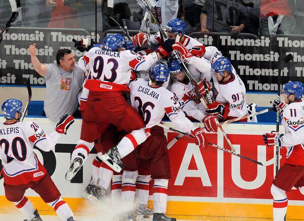 Best moments of World Ice Hockey Championship 2010 semifinals Switzerland vs. Czech - Sputnik International