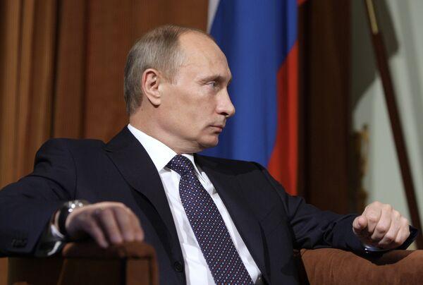 Greek debt crisis temporary - Putin  - Sputnik International