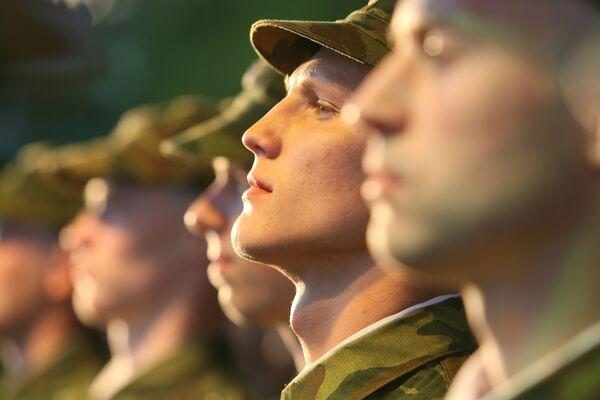 Putin Doubts Military Draft to End by 2015   - Sputnik International