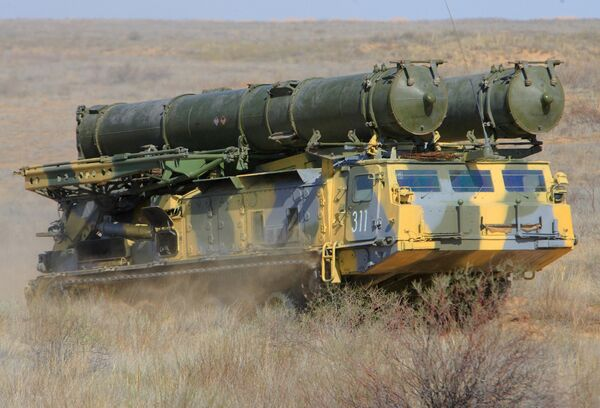 S-300 surface-to-air missile systems - Sputnik International