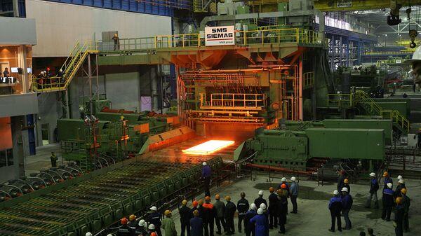 Russia's Magnitogorsk Iron and Steel Works - Sputnik International