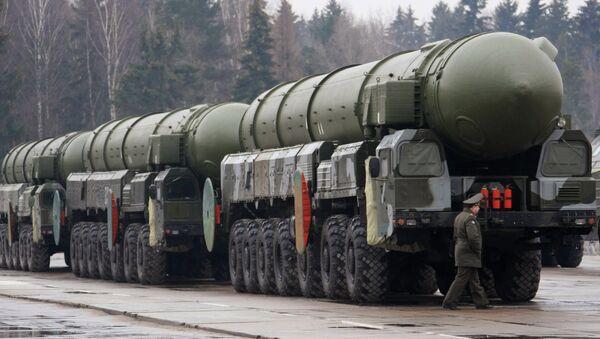 Topol missile - Sputnik International