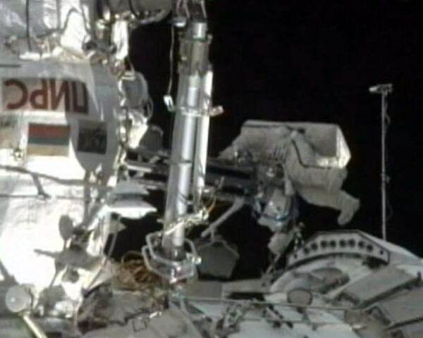 Fyodor Yurchikhin and Mikhail Kornienko spent about six hours outside the International Space Station.  - Sputnik International