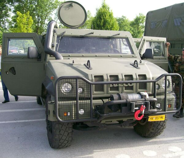 Russia to Get First 57 Italian Armored Vehicles in 2012          - Sputnik International
